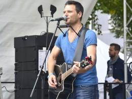 Singer-Songwriter mit Ruhr im Blut: Olli Heinze singt um jede Stimme