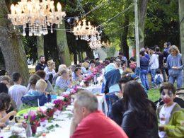 Friedensfest im Stadtpark: Verhaltener Start, aber dann kamen sie doch