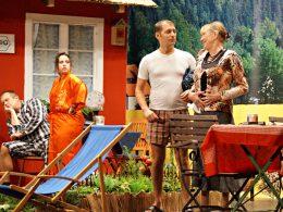 Volksbühne Ergste hat keinen Zoff mit dem Stoff: Gelungene Herbstpremiere