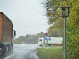Starenkasten auf der Ruhrtalstraße: Ab Montag wird wieder geblitzt