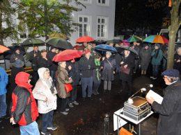 Gedenken und Mahnen: Schwerter erinnerten an die Reichsprogromnacht