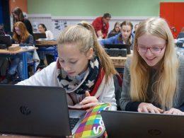 Vernetzt 2.0: RTG richtet zwei weitere Laptop-Klassen ein